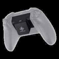 DELTACO GAMING QI adapteris su baterija 700 mAh bevieliam krovimui Xbox One pulteliui, juodas / GAM-083